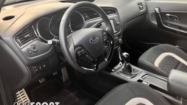 Kia Ceed 1.0 TURBO 120 CV GT LINE