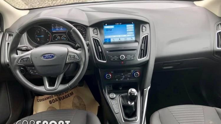 Ford Focus SW Titanium 120 CV GPS