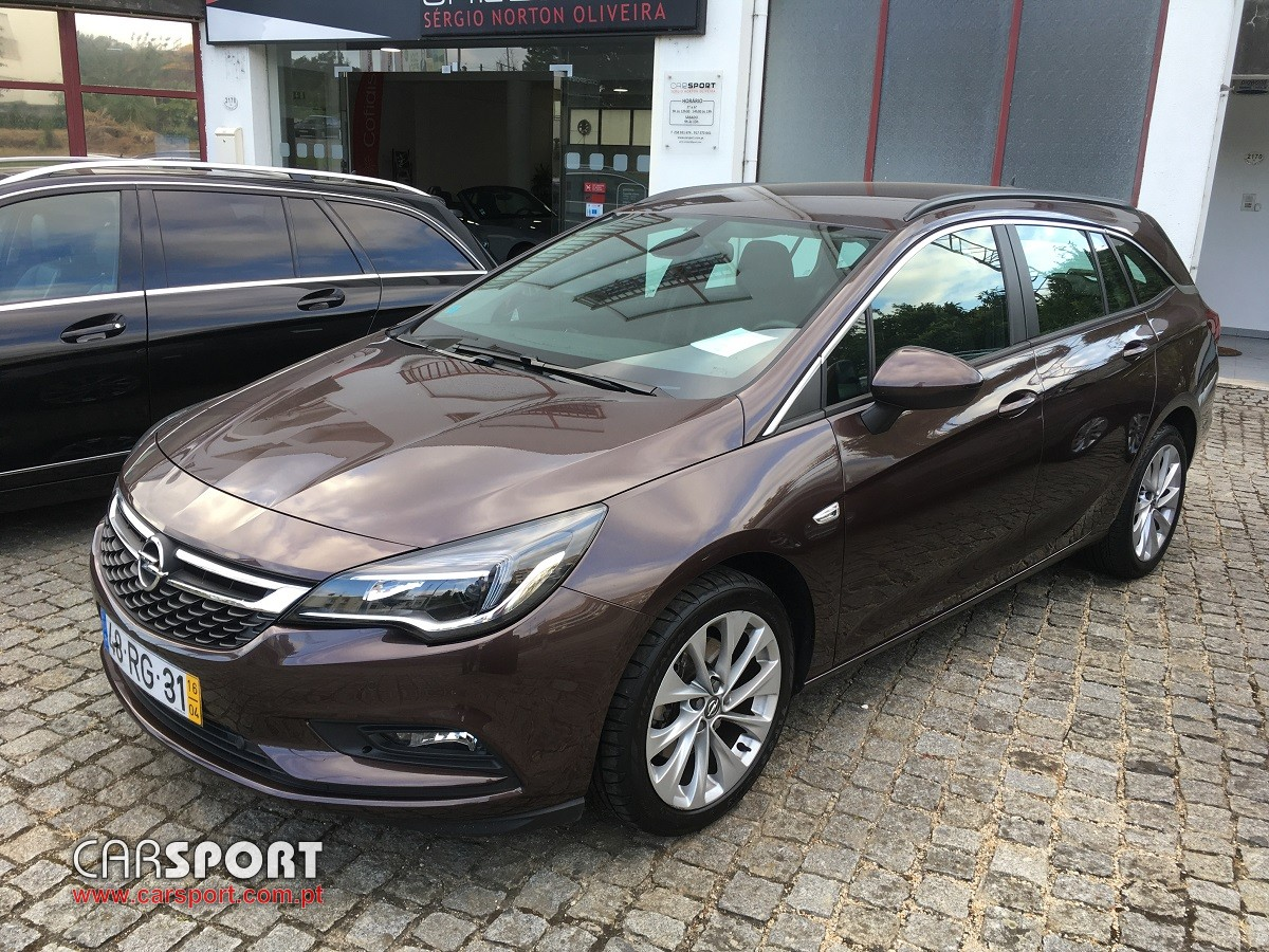opel astra sports tourer 1 6 cdti innovation s s carrinha stand carsport. Black Bedroom Furniture Sets. Home Design Ideas