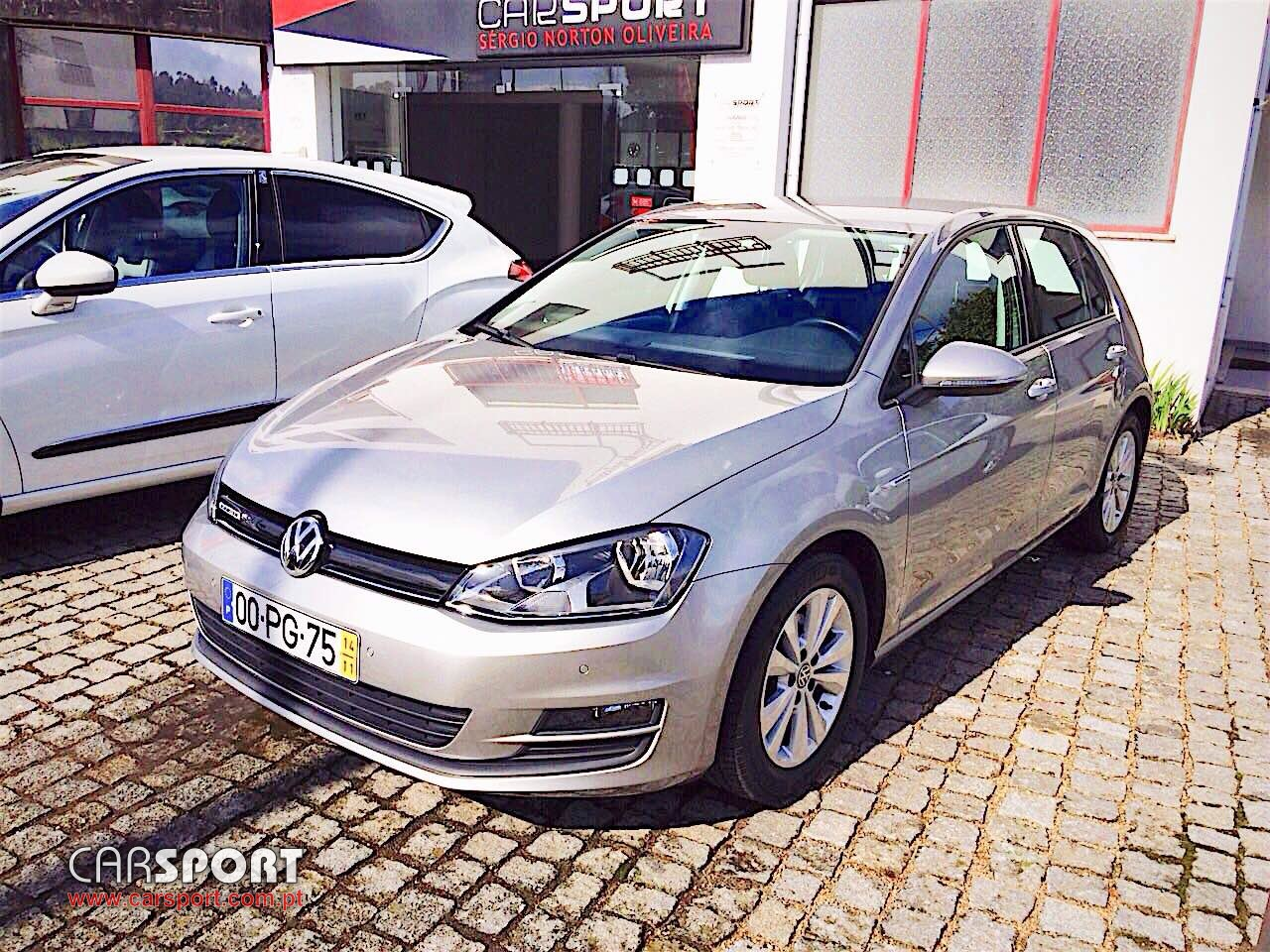 volkswagen golf vii 1 6 tdi 110 cv conforline bluemotion utilit rio stand carsport. Black Bedroom Furniture Sets. Home Design Ideas